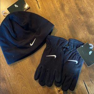 New Nike Black Fleece Hat & Mittens Size 4-7